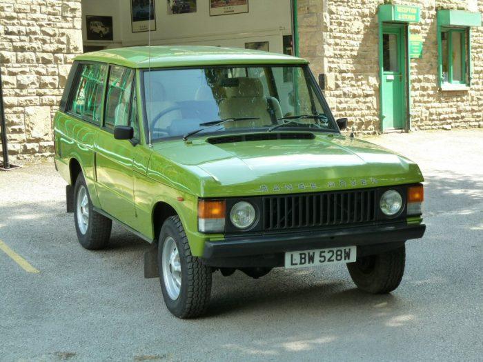 LBW 528W - Warwick Grren range Rover 2 door classic