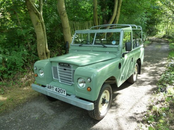 ART 420Y - 1982 Series 3 - Pastel Green - Galvanised Chassis