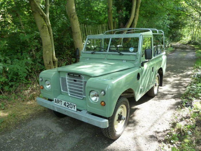 ART 420Y - 1982 Pastel Green Series III Soft Top - Galvanised Chassis
