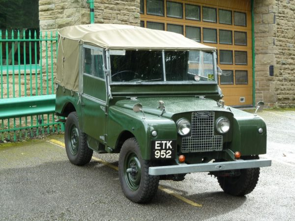 ETK 952 - 1952 Land Rover Series I - 80""
