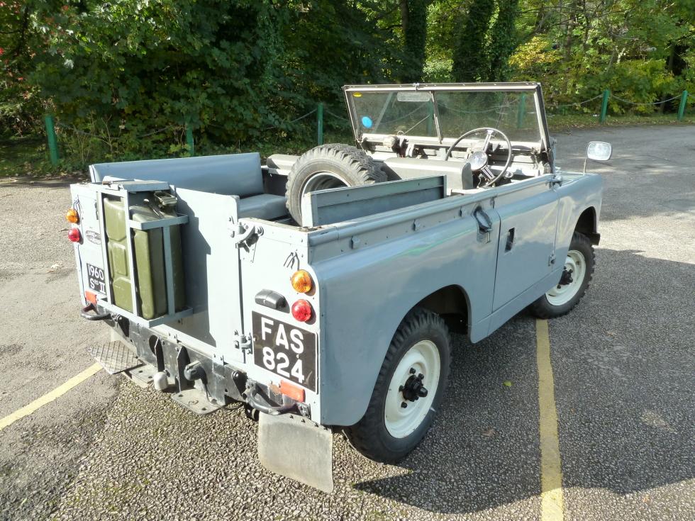 1960 series ii land rover sold to gerald in france. Black Bedroom Furniture Sets. Home Design Ideas