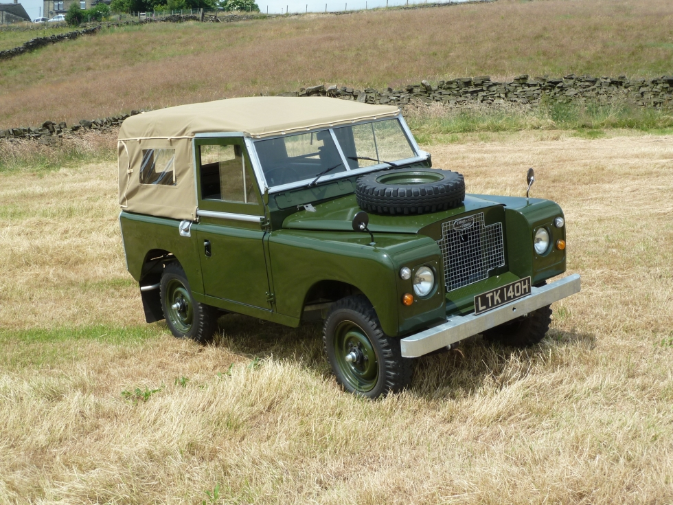 ltk 140h 1969 land rover series iia fully rebuilt. Black Bedroom Furniture Sets. Home Design Ideas