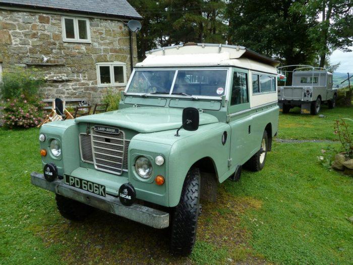 1972 Land Rover 109 Carawagon