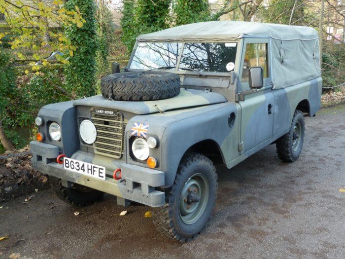 "1984 Land Rover X MOD 109"" 3/4 Tonne GS"