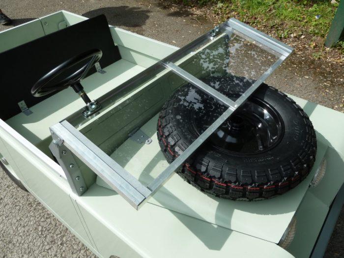 Toylander - Electric Powered Model Land Rover