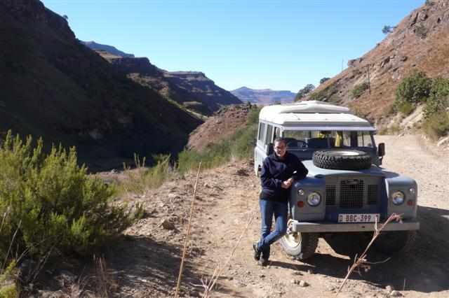 Land Rover Dormobile – The Sani Pass South Africa