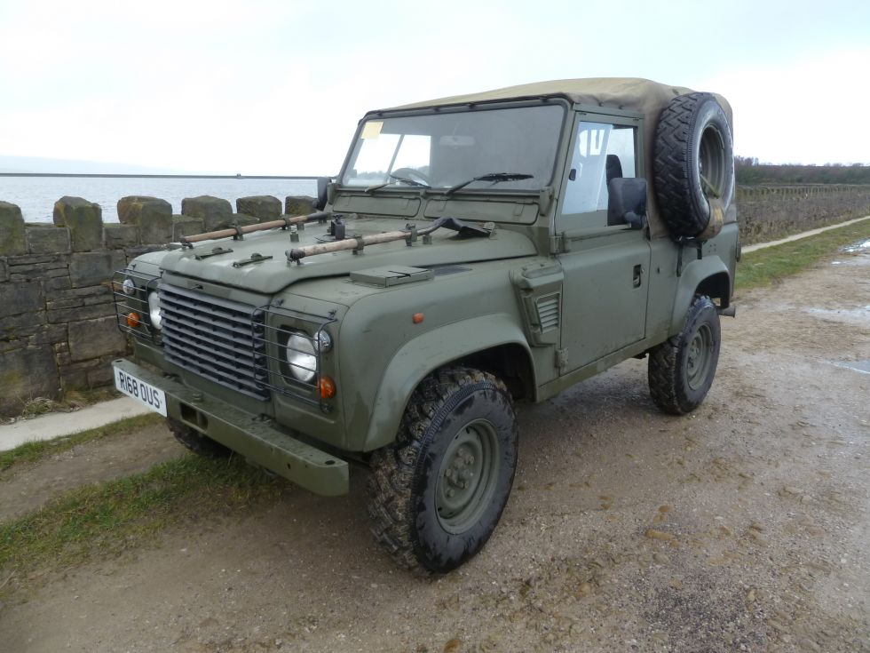 R168 Ous 1997 Land Rover Defender 90 Wolf Soft Top