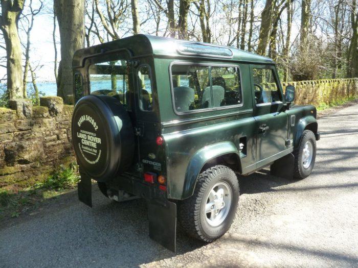 Land Rover Defender - 90 CSW