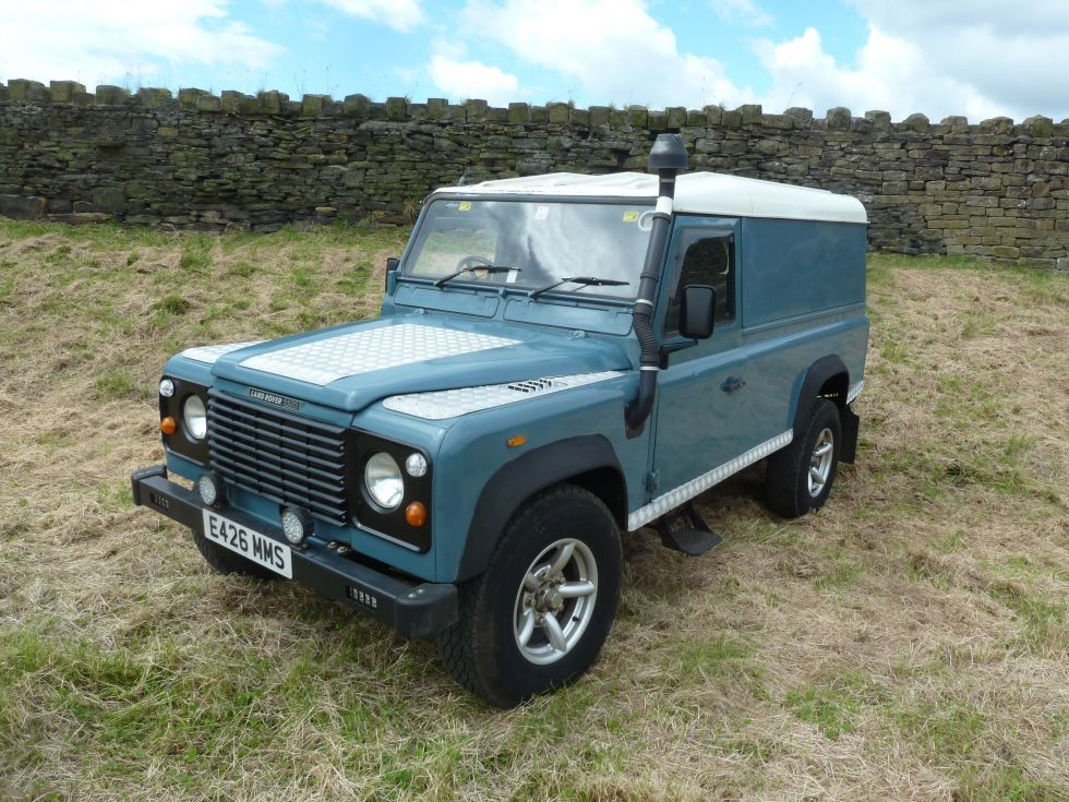 e426 mms 1987 land rover 110 defender hard top t d 47 000 miles lots of upgrades land. Black Bedroom Furniture Sets. Home Design Ideas