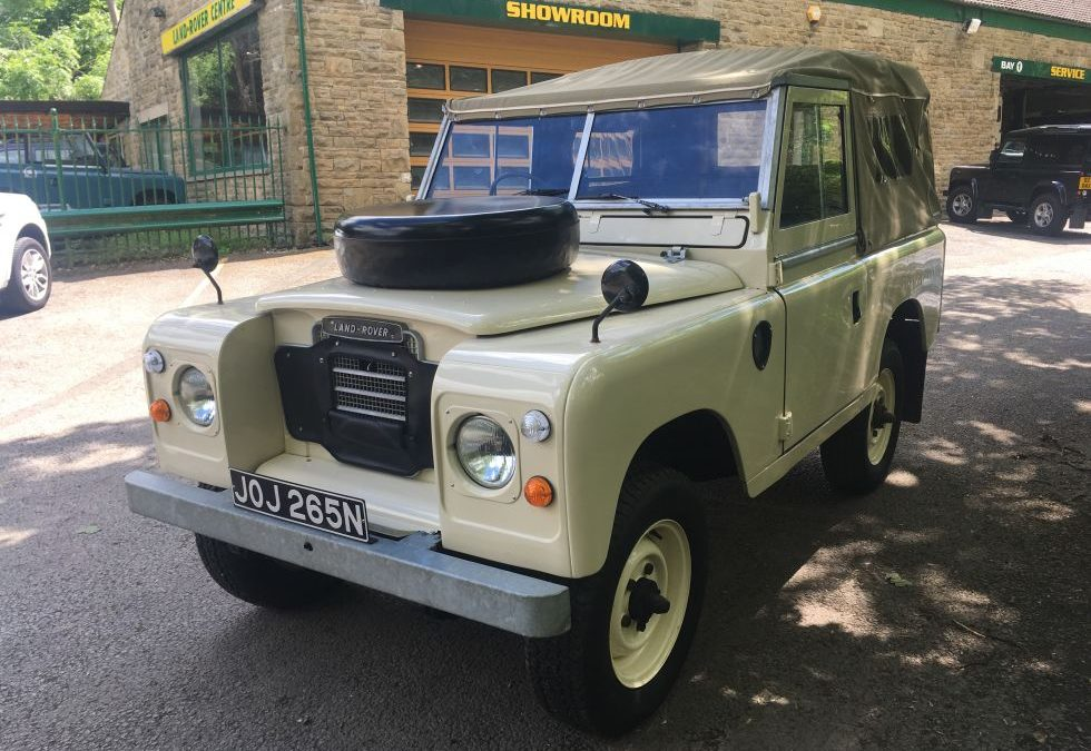 New Arrival – This lovely 1975 Land Rover Series 3