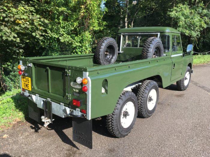 Land Rover 6 x 6