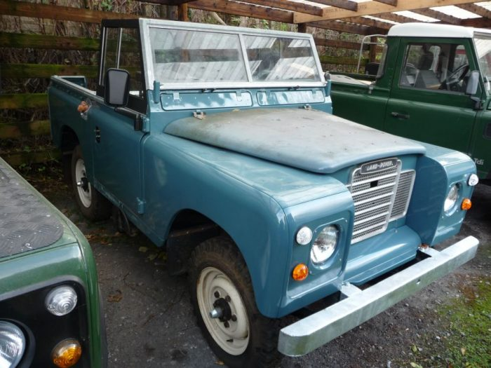 1976 Land Rover Series 3 - Soft Top