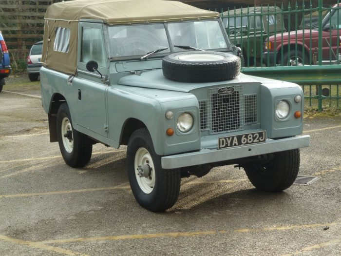 1971 Land Rover Series 2A