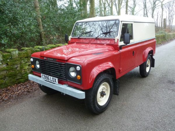"1986 Land Rover 110 ""Defender"""
