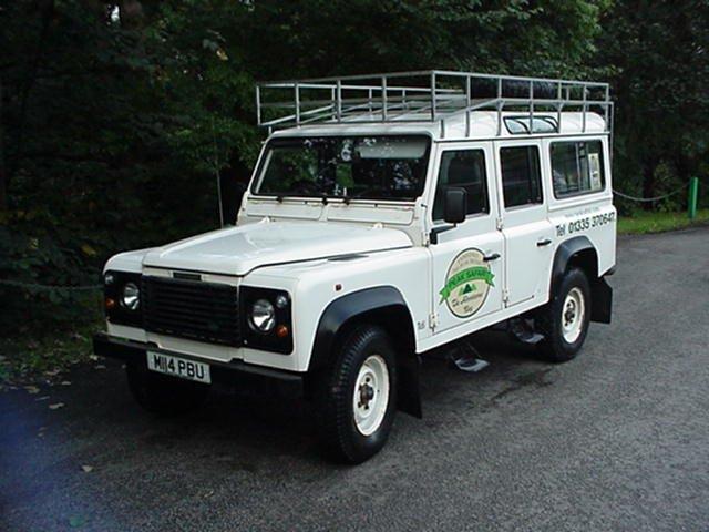 Land Rover Defender 110 - 5 door station wagon