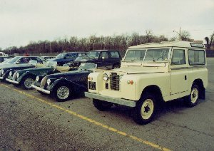 965 BUA (Docks - Baltimore) Land Rover 1962 Series II - seen here with Wins Morgan Car delivery