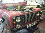 Richard Hammond - top gear presenter - 110 defender V8 soft top - 7 days in the making - day 2 - just time to fit in a full service